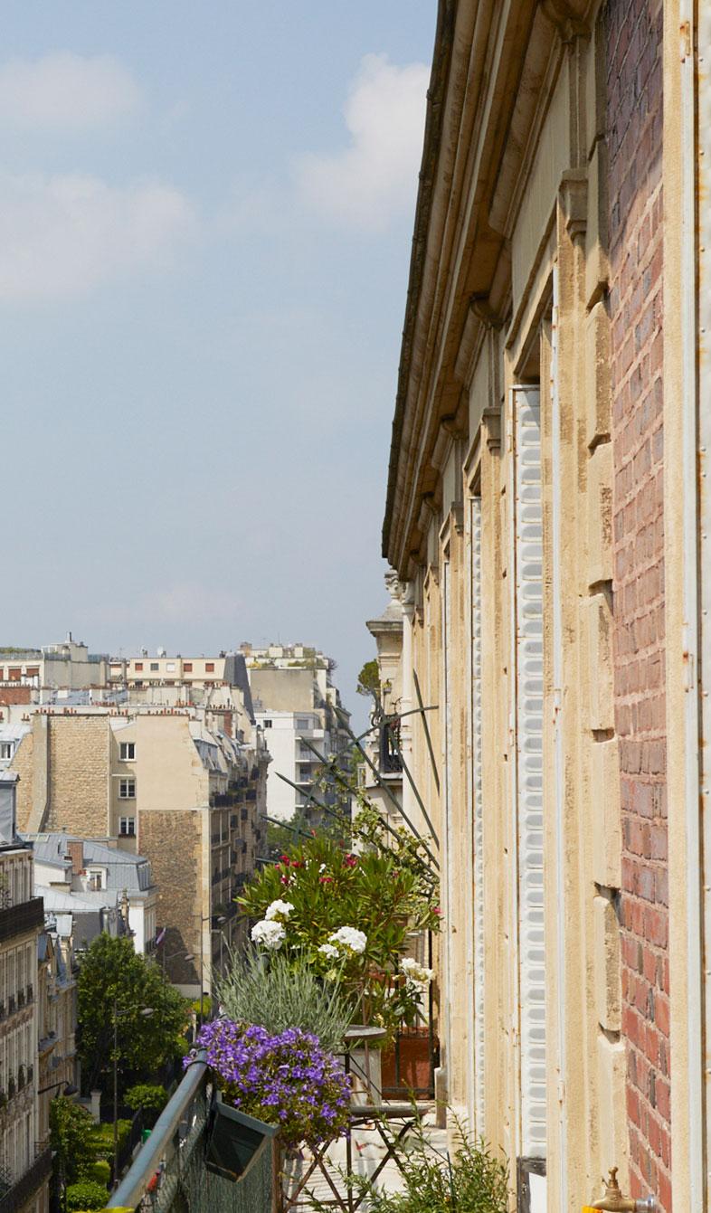 Contact Paris, Ile de France